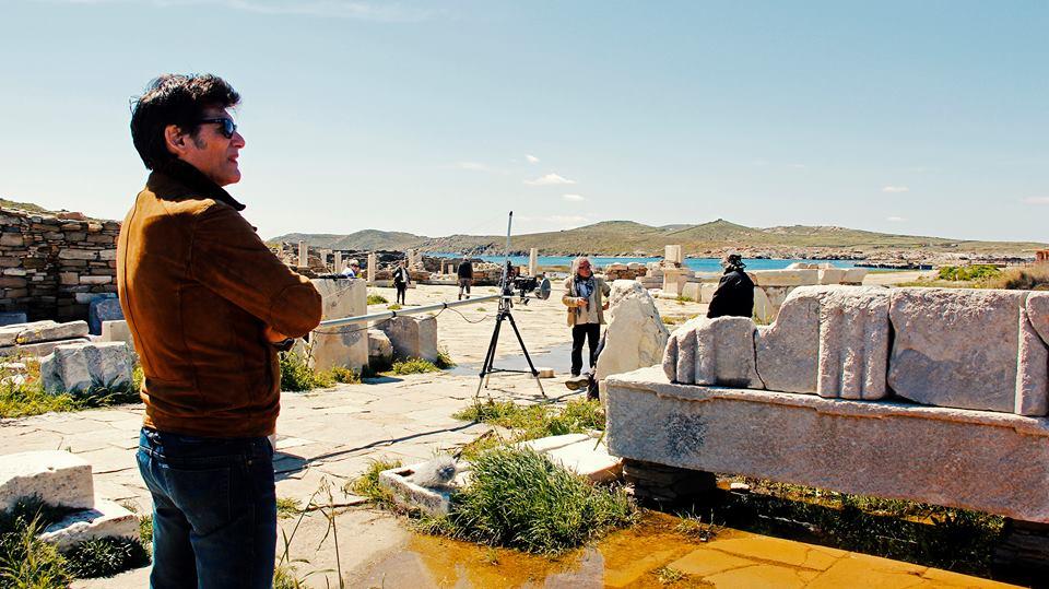 Chorraface on Delos preparing to shoot a scene