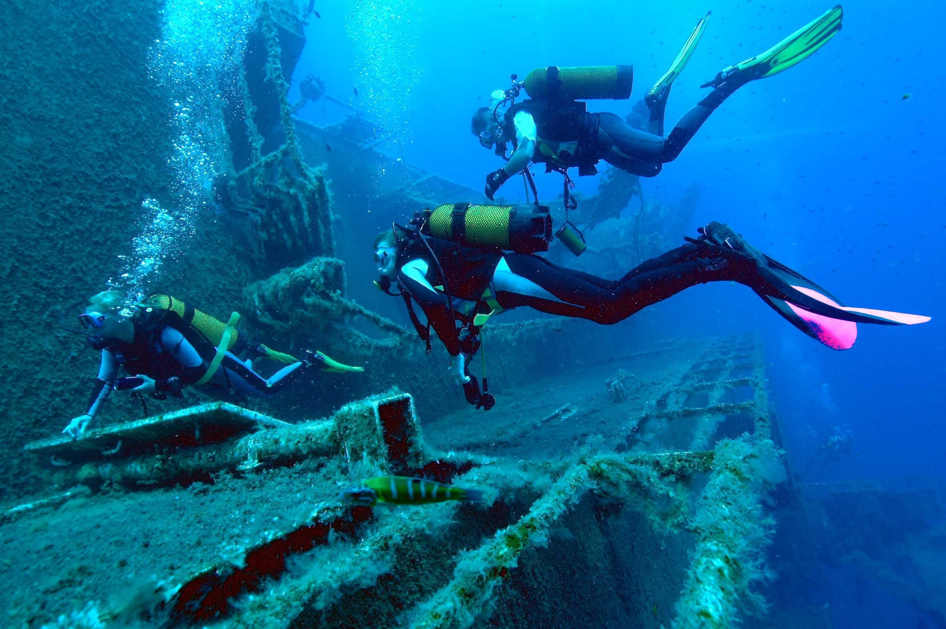 Mykonos for the adventurous luxury villa in mykonos - Padi dive sites ...