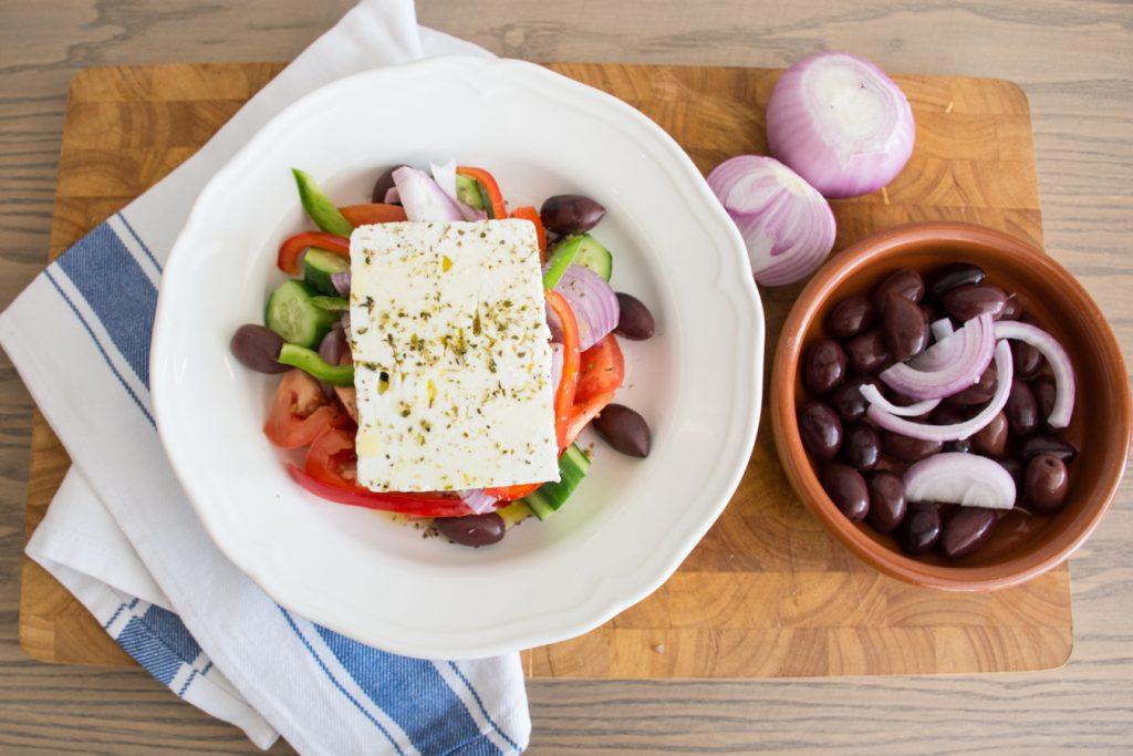 greek-salad_olives-1