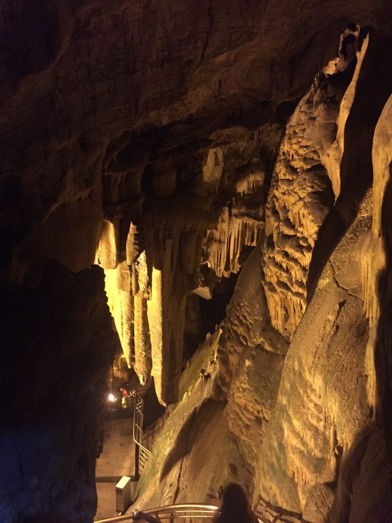 antiparos-caves