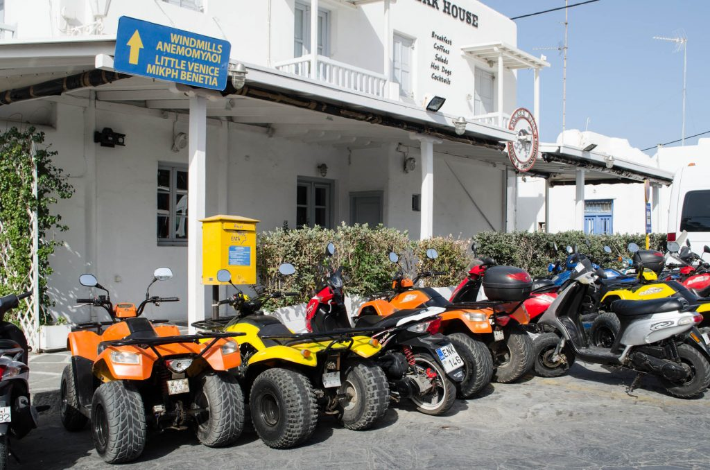 how to get around Mykonos