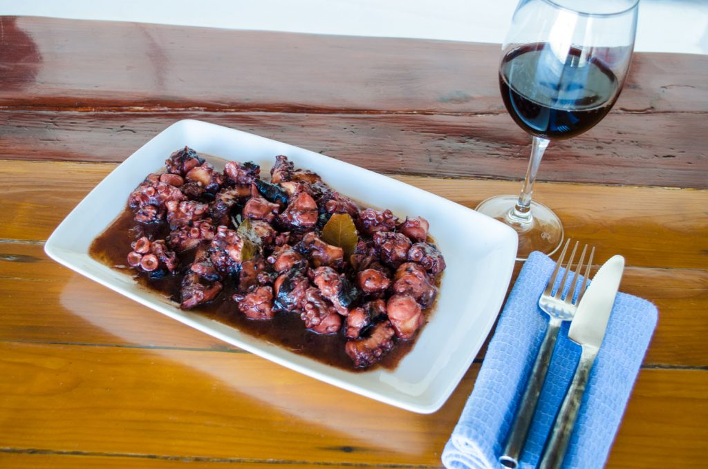 octopus-in-red-wine-final-dish-1